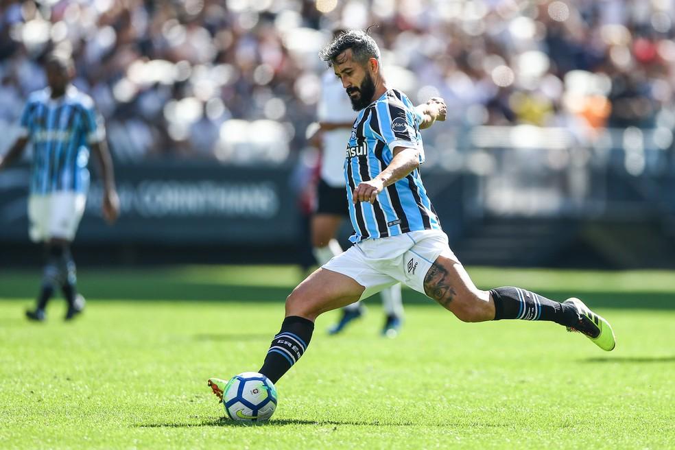 Douglas atuou com elenco principal no Itaquerão (Foto: Lucas Uebel/Grêmio)