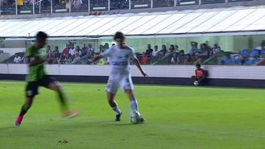 Derrota amarga, entrada no Z-4, 32 finalizações: a última vez que o Santos enfrentou o América-MG