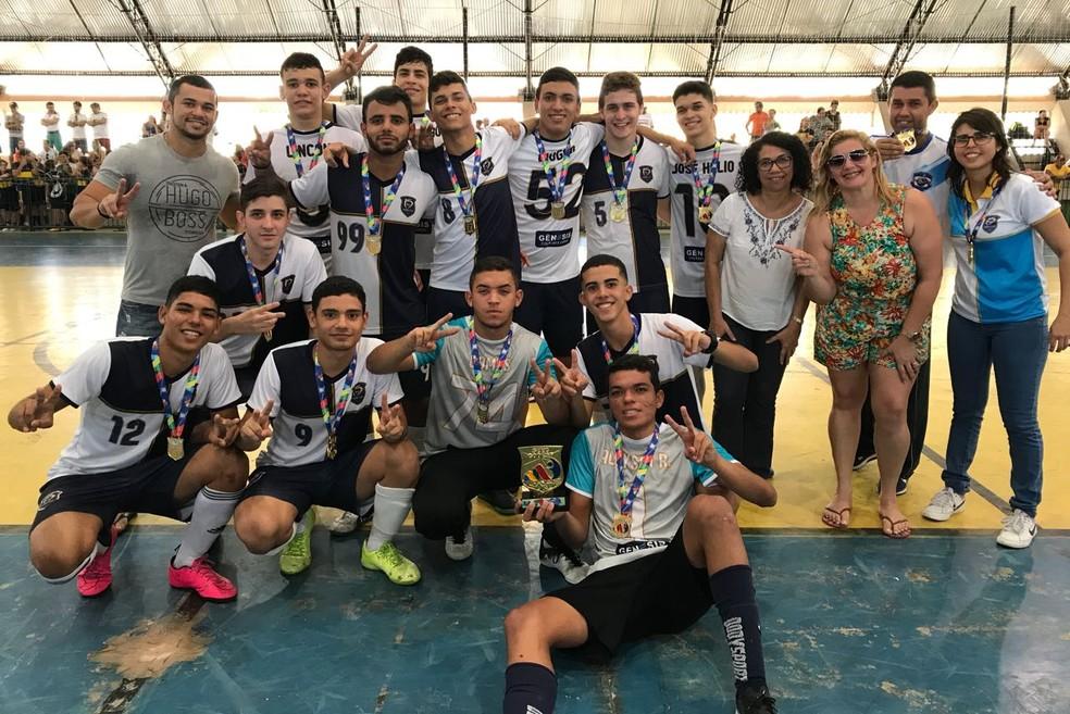 Copa Estudantil de Futsal conhece campeões neste sábado e867df7d1a5e6