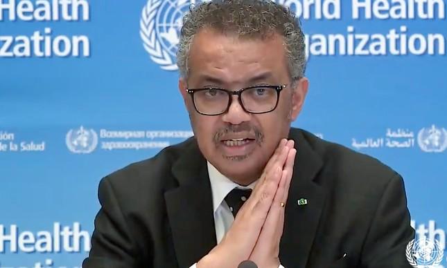 O diretor-geral da OMS mandando um papo-reto para os sommeliers de vacina