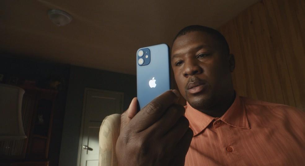 iPhone 12 mini — Foto: Reprodução/Apple