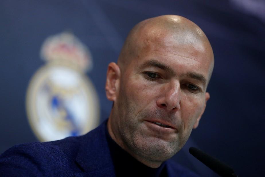 Zidane anuncia saída do Real: