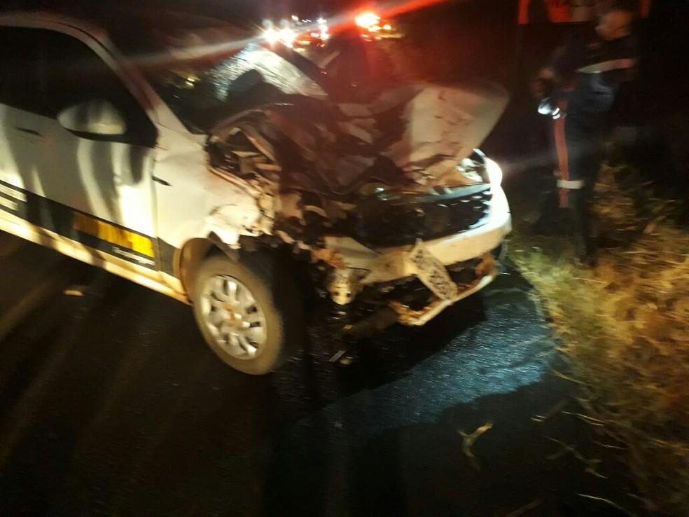 Carro bateu uma charrete e as duas pessoas que estavam nela morreram em Paraguaçu Paulista  (Foto: Arquivo pessoal)