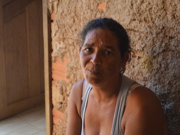 Maria acredita que família nasceu de novo de acidente (Foto: Aline Lopes/ G1)
