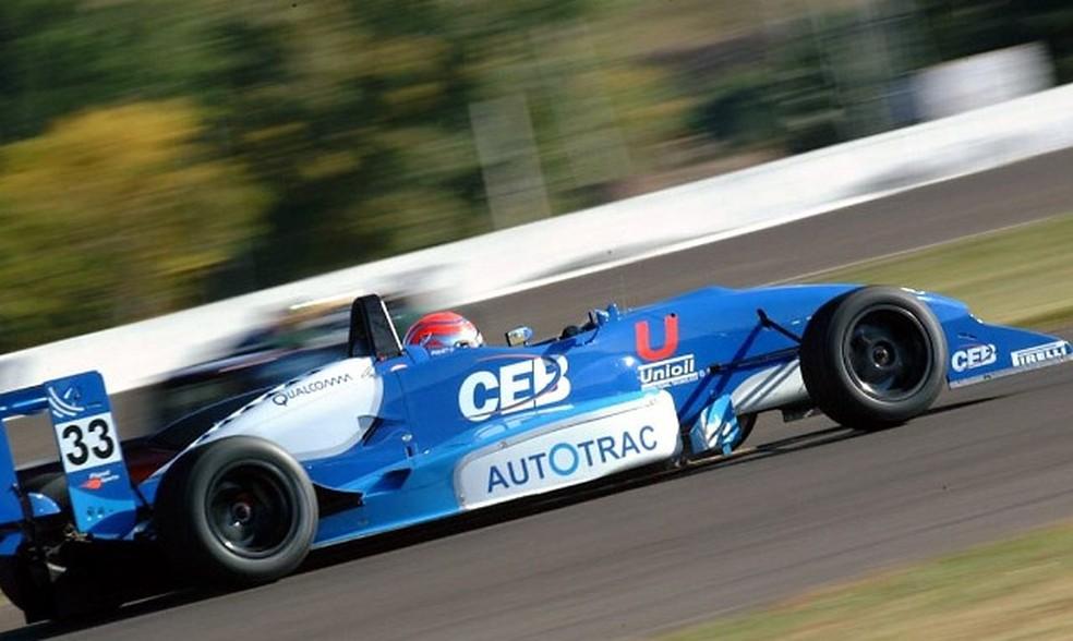 Nelsinho Piquet pilota pela Fórmula 3 Sul-Americana em Cascavel-2001 — Foto: Arquivo Pessoal