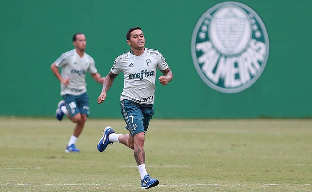 Palmeiras vence Atibaia em jogo-treino e Diogo Barbosa sai lesionado