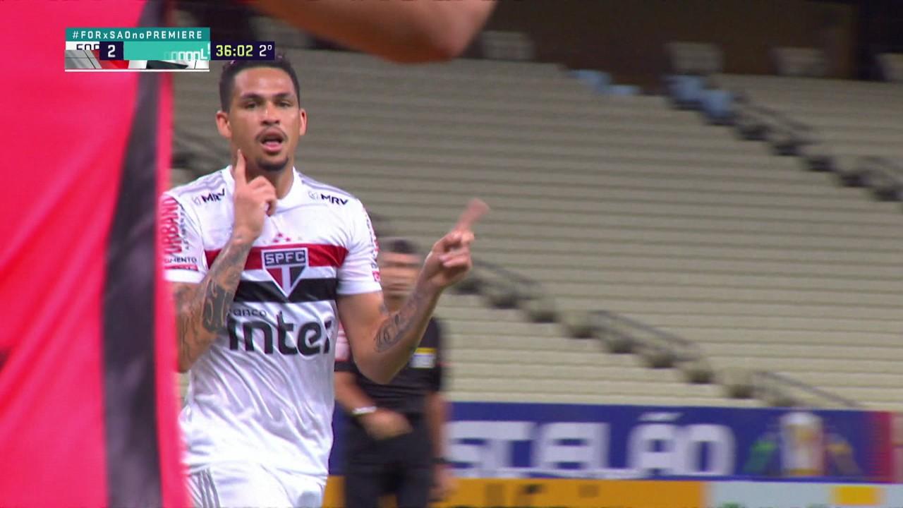 Que golaço: recebeu o passe de Daniel Alves e soltou uma bomba indefensável no seu segundo gol contra o Fortaleza