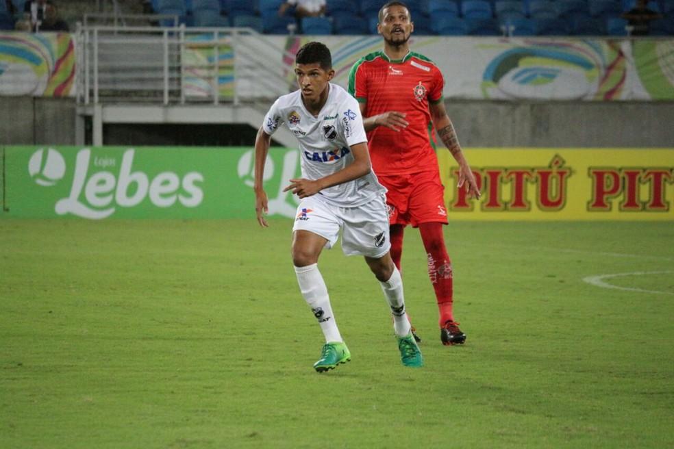 Matheus fez boa estreia com a camisa do ABC (Foto: Andrei Torres/ABC FC)
