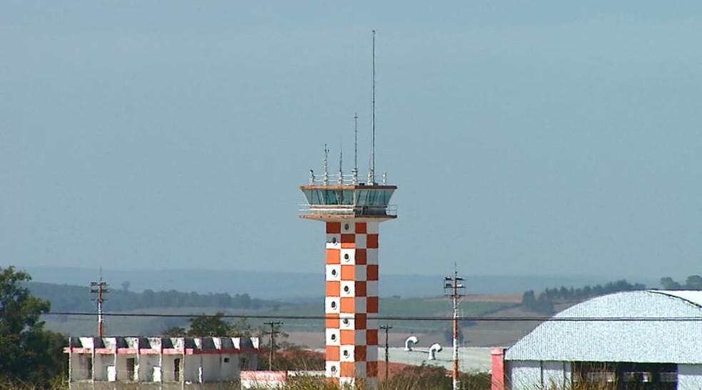 Aeroporto de São Carlos (Foto: Reprodução/EPTV)