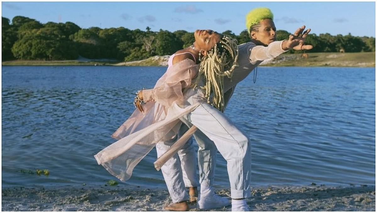 Josyara e Giovani Cidreira se embolam na ruidosa atmosfera musical do álbum 'Estreite'   Blog do Mauro Ferreira