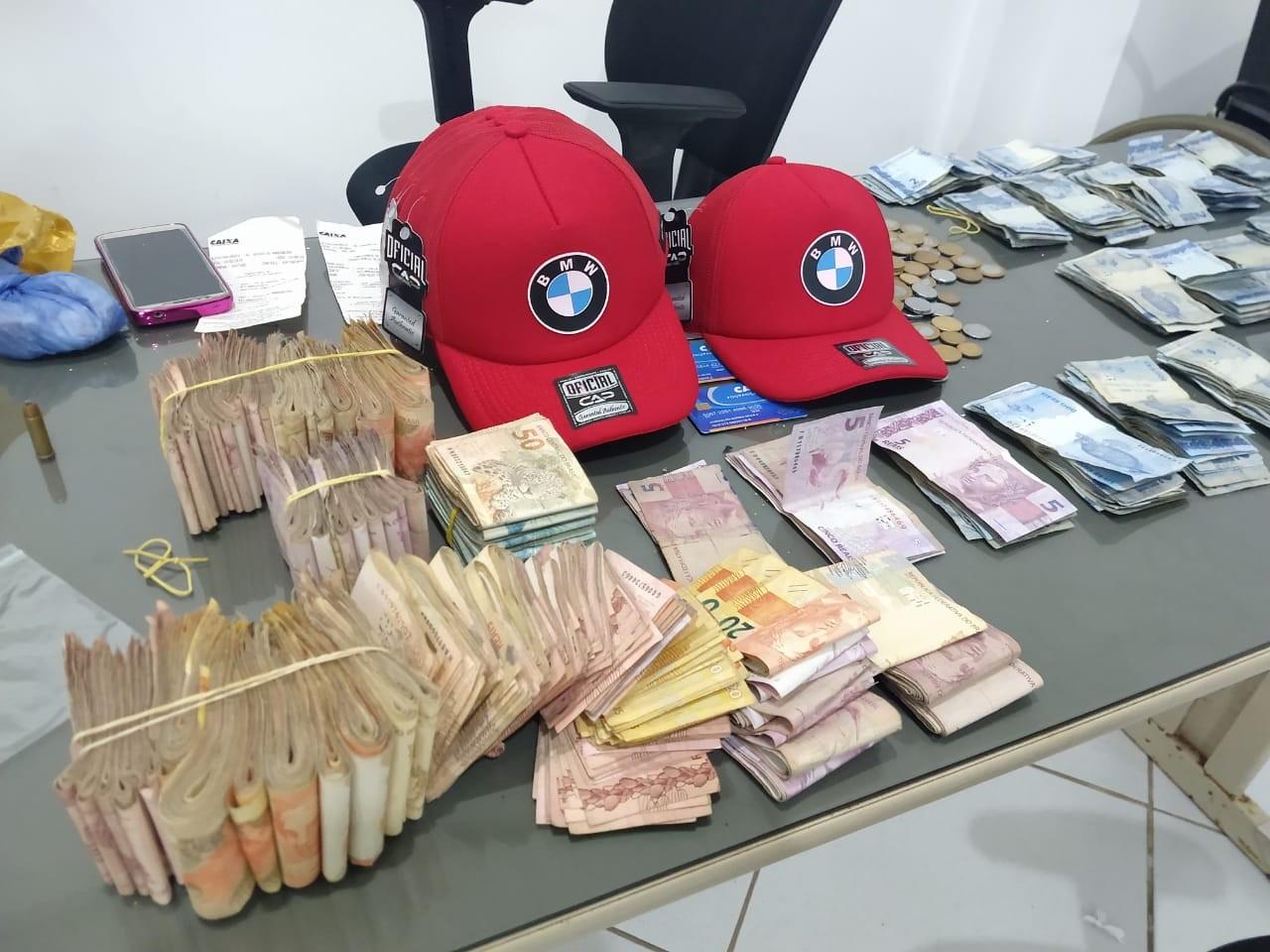 Mulher é presa suspeita de operar financeiramente 'laboratório' de cocaína na praia de Jacumã, na PB - Notícias - Plantão Diário