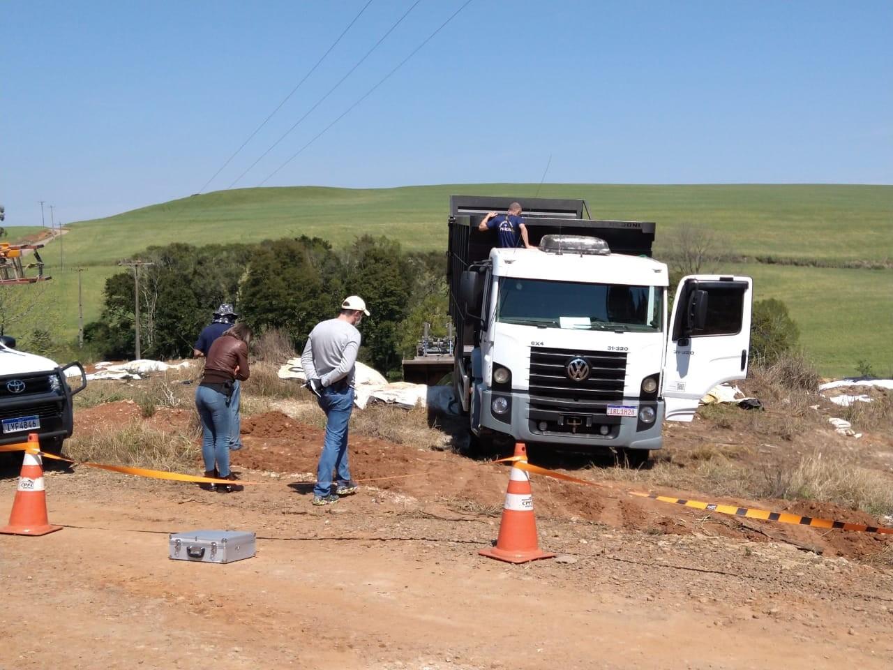 Motorista de caminhão morre eletrocutado no interior de Passo Fundo