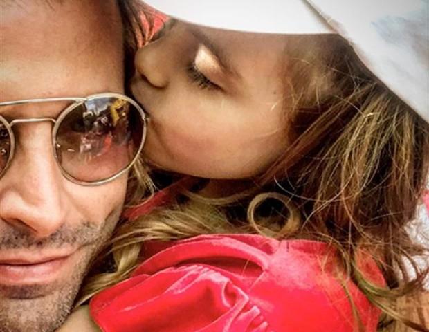 Henri Castelli e a filha, Maria Eduarda, de 4 anos (Foto: Reprodução/Instagram)
