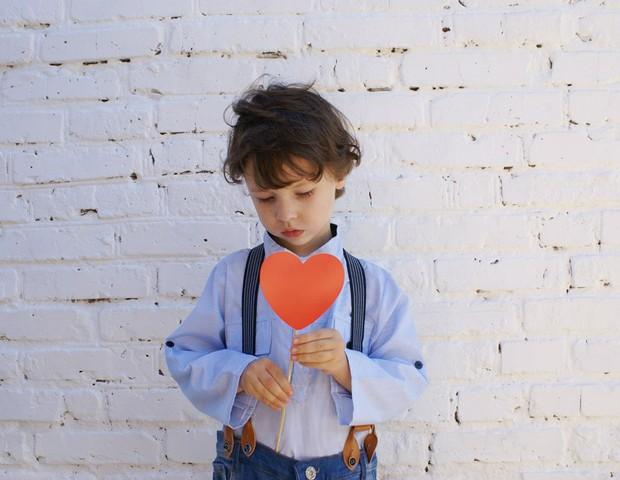 Como conversar com as crianças que não tem pais? (Foto: Pexels)