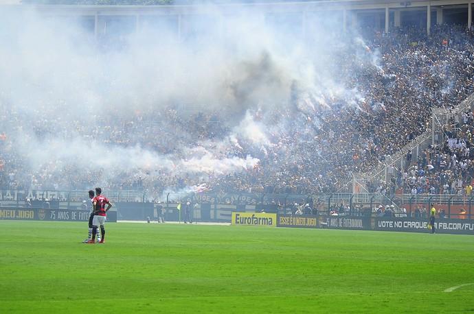 Torcida - Corinthians - fumaça - sinalizador (Foto: Marcos Ribolli)
