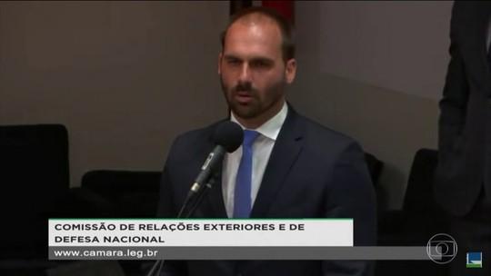 Eduardo Bolsonaro defende que o Brasil use armas nucleares para ser mais respeitado