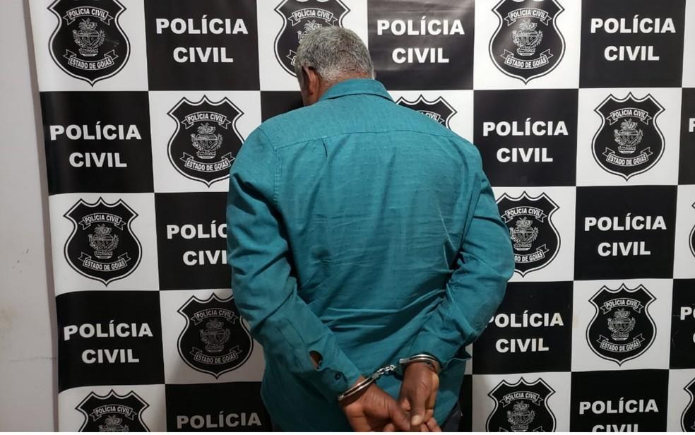 Pastor é suspeito de se apropriar das aposentadorias da mãe e de irmão deficiente, em Palmeiras de Goiás — Foto: Arquivo pessoal