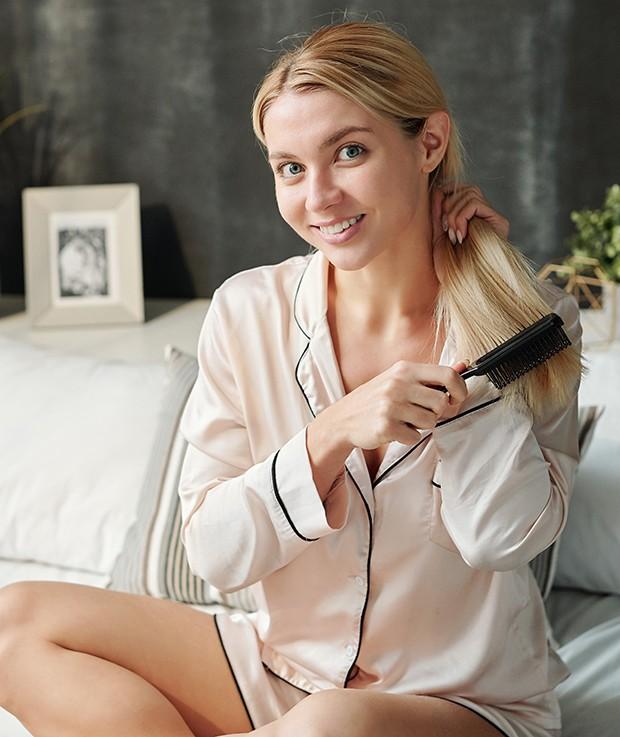 Beleza de inverno: 5 dicas para cuidar dos cabelos em casa na temporada fria (Foto: Envato Elements)