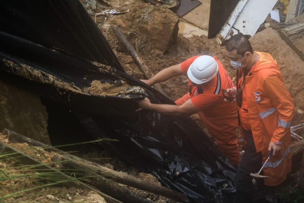 Defesa Civil monitora as condições nas encostas de Florianópolis — Foto: Diorgenes Pandini/ NSC