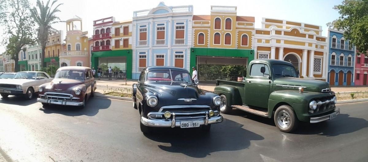 Evento deve reunir quase 200 carros antigos na Orla do Porto em Cuiabá