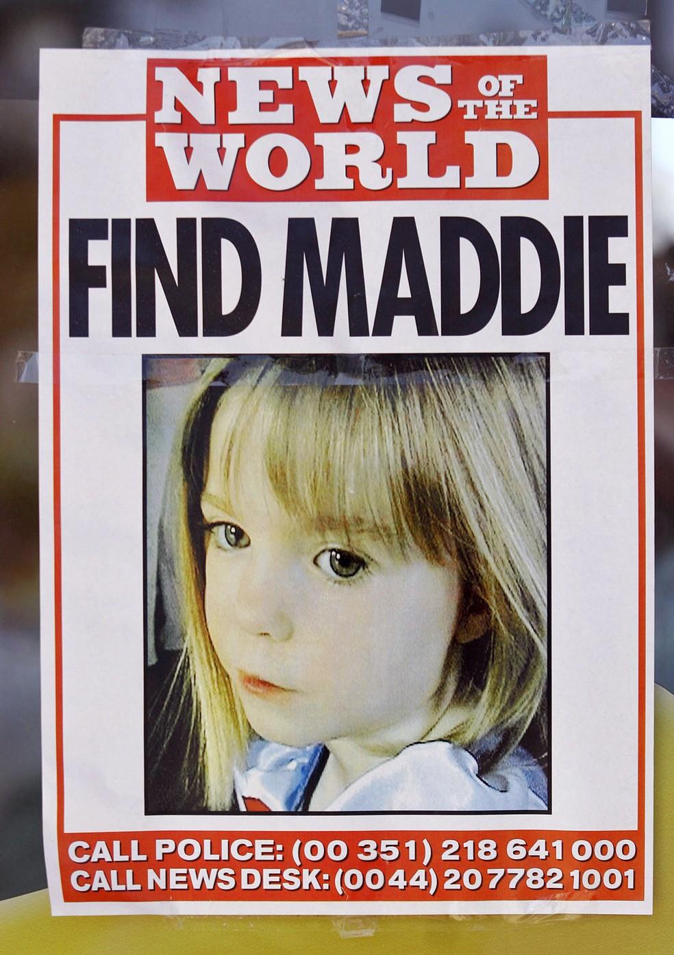 Imagem de arquivo mostra cartaz divulgado nas buscas pela menina Madeleine McCann em Praia da Luz, Portugal — Foto: MELANIE MAPS / AFP