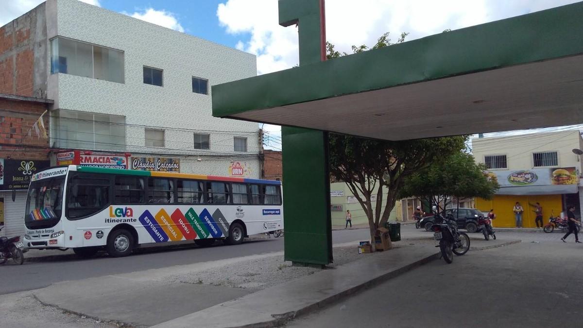 'Leva Itinerante' realiza atendimento no bairro do Salgado, em Caruaru
