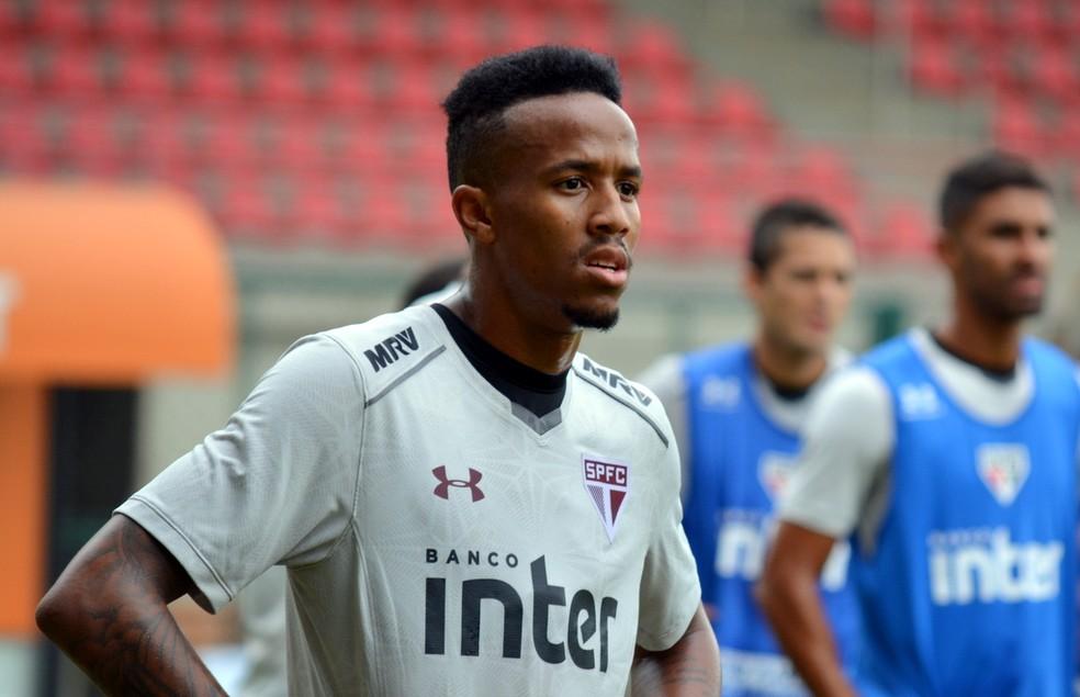 Éder Militão tem contrato até janeiro com o São Paulo (Foto: Érico Leonan/saopaulofc.net)