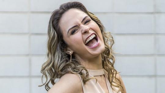 'Cenas de Ouro': Ex-BBB Ana Paula comenta cena inesquecível e imita bordão 'Eu sou ricaaa!'
