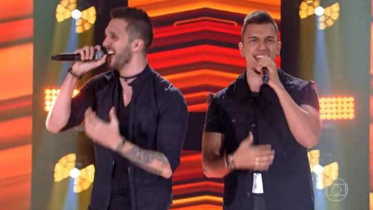 Confira a estreia de D'Lucca & Gabriel no 'The Voice Brasil'