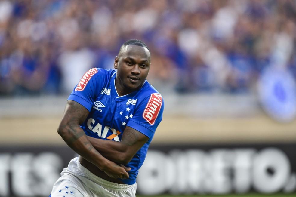 Sassá, atacante do Cruzeiro (Foto: Mauricio Farias/Light Press)