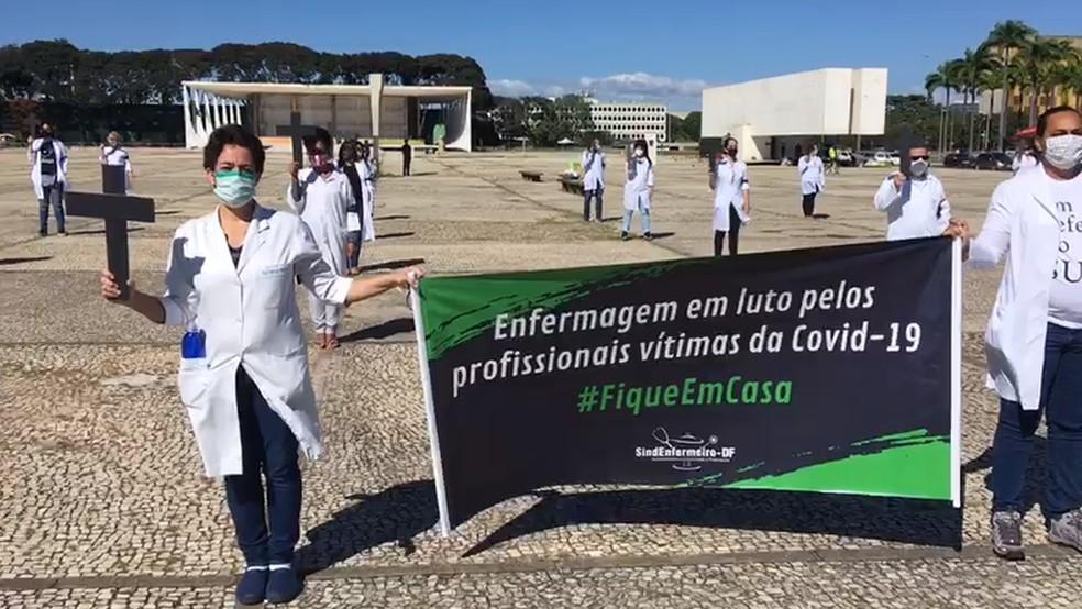Enfermeiros fazem ato no DF para reforçar necessidade do isolamento social — Foto: Arquivo pessoal