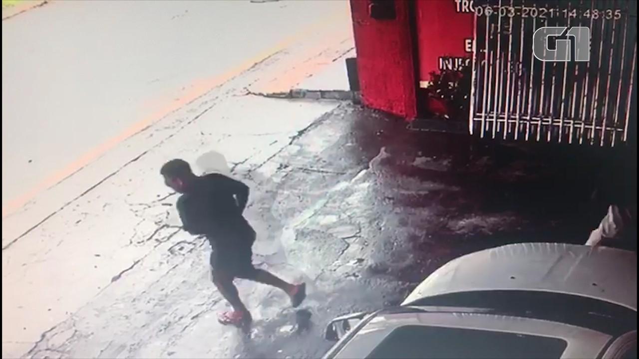 Dupla invade oficina e comete assalto em São Luís
