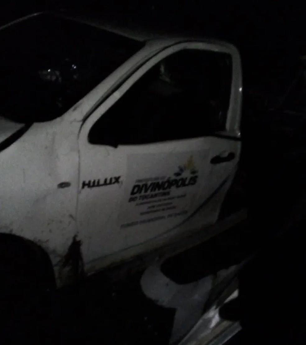 Ambulância pertende ao município de Divinópolis do Tocantins — Foto: Divulgação/Corpo de Bombeiros