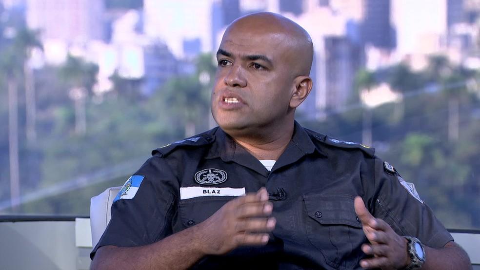 O porta-voz da Polícia Militar do Estado do Rio de Janeiro, major Ivan Blaz (Foto: Reprodução/ TV Globo)