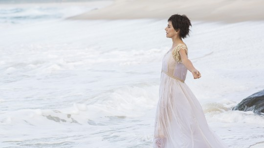 Dionísia é afogada no mar