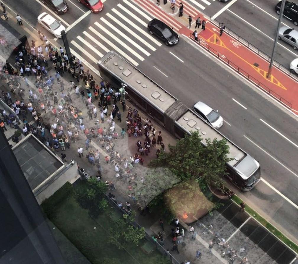 Prédios esvaziados na Avenida Paulista (Foto: Thiago Carvalho/ Arquivo pessoal )