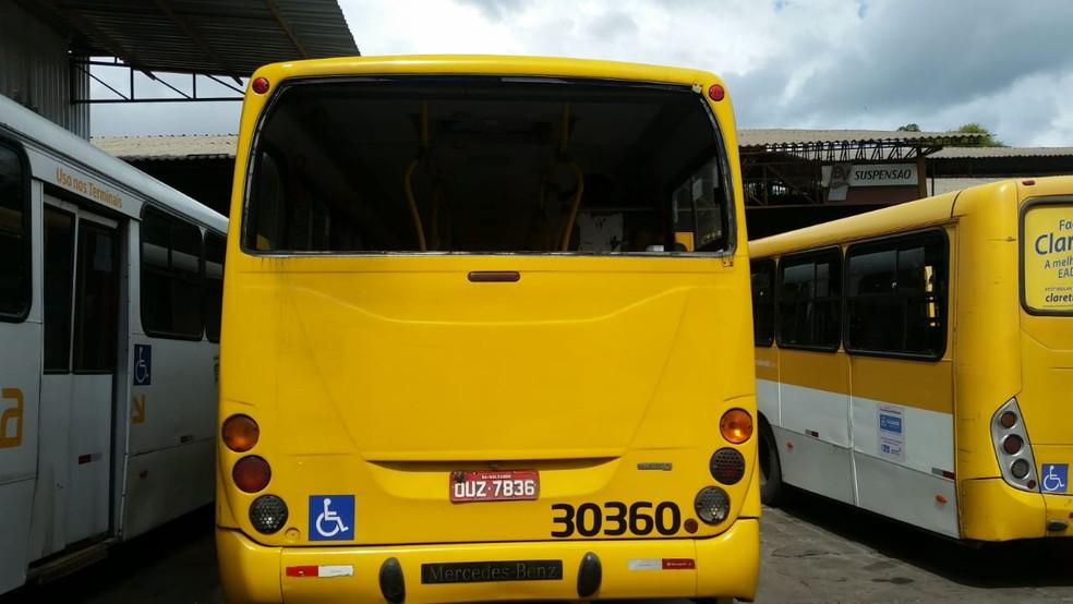 Conforme Integra, após a operação o ônibus foi imediatamente recolhido à garagem para o devido reparo. — Foto: Concessionária Integra