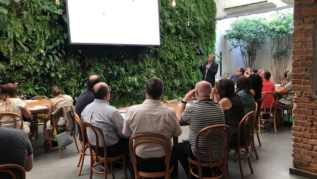 Marco Stefanini na apresentação de resultados de multinacional que leva seu sobrenome (Foto: Divulgação)
