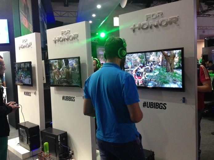 For Honor tem jogabilidade de batalha em terceira pessoa (Foto: Reprodução/Felipe Vinha)