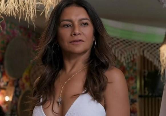 Dira Paes é Janaína (Foto: TV Globo)