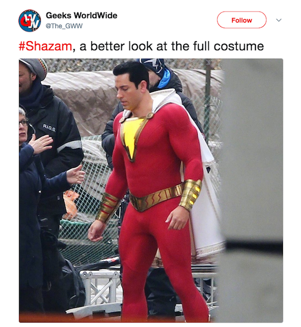 Um flagrante do ator Zachary Levi com a fantasia do herói Shazam nos bastidores do filme protagonizado pelo personagem (Foto: Twitter)