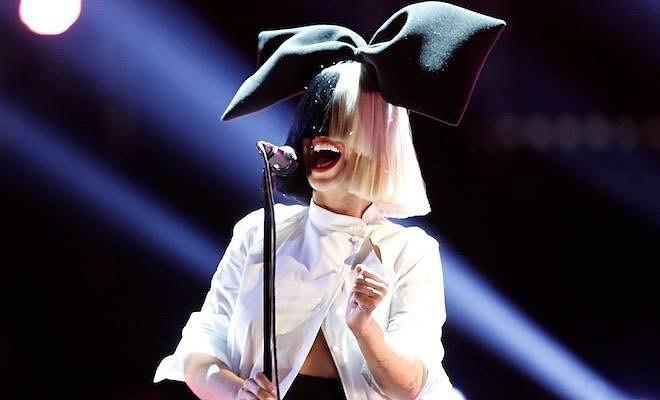 A cantora Sia (Foto: Reprodução/Instagram)