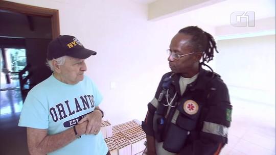 Enfermeiro do Samu canta para acalmar paciente com Alzheimer no DF