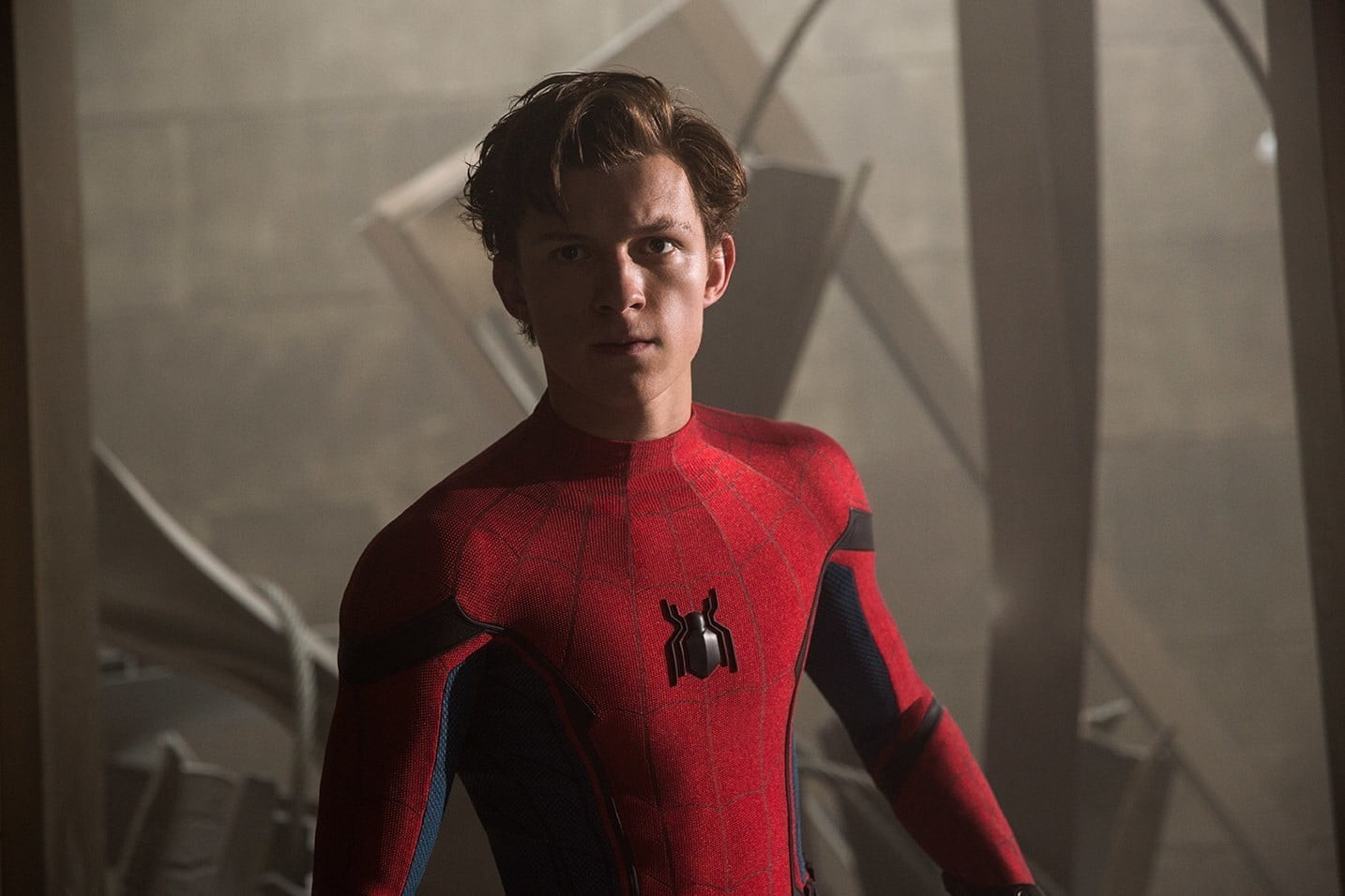 Tom Holland como o protagonista Peter Parker em Homem-Aranha: De Volta ao Lar (Foto: Divulgação)