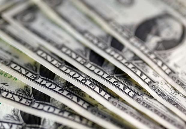 Dólar ; dólares ; moeda norte-americana ; câmbio ;  (Foto: Dado Ruvic/Illustração/Reuters)