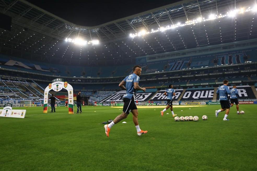 Everton na Arena para o Gre-Nal — Foto: Lucas Uebel/Grêmio
