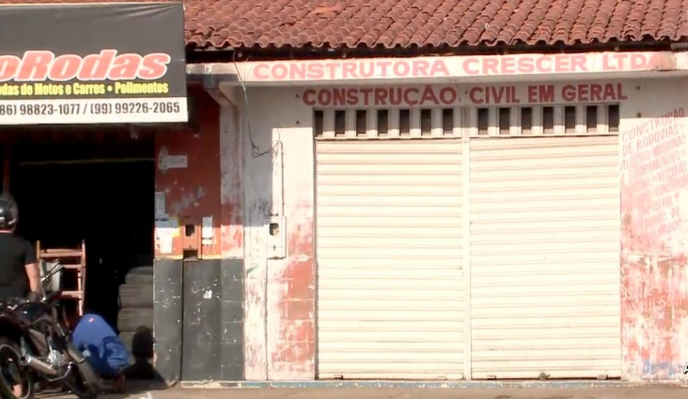Mandados de busca e apreensão foram cumpridos em sede de construtora localizada em Timon (MA) — Foto: TV Clube