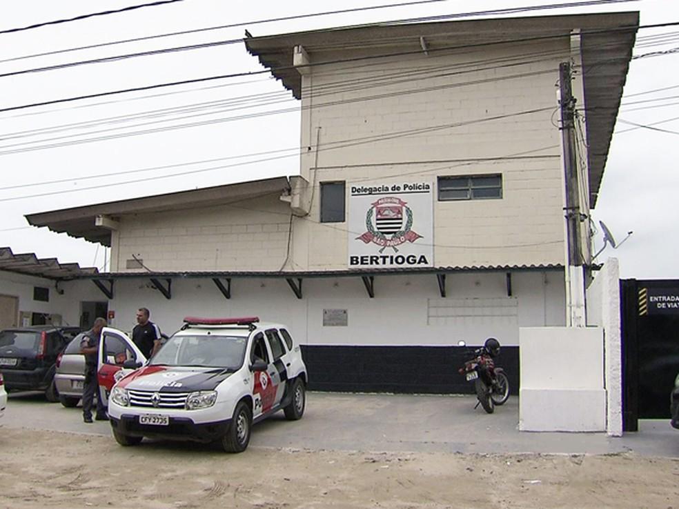 Caso foi registrado na Delegacia Sede de Bertioga, SP — Foto: Reprodução/TV Tribuna
