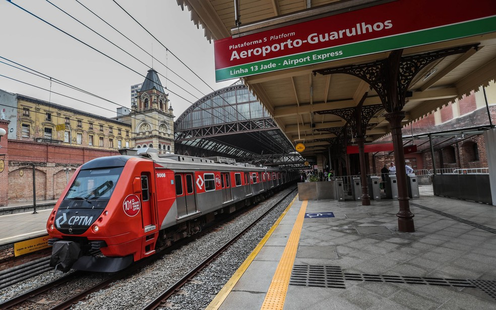 Plataforma do Airport Express, serviço de trem que vai ligar a Estação da Luz, no centro da capital paulista, ao Aeroporto de Cumbica, em Guarulhos, na Grande São Paulo — Foto: Gabriela Biló / Estadão Conteúdo