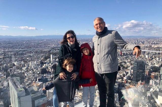 Carlos Gil com a família (Foto: Arquivo pessoal)